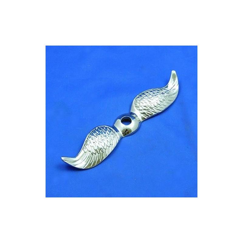 Rovná letící křídla niklovaná